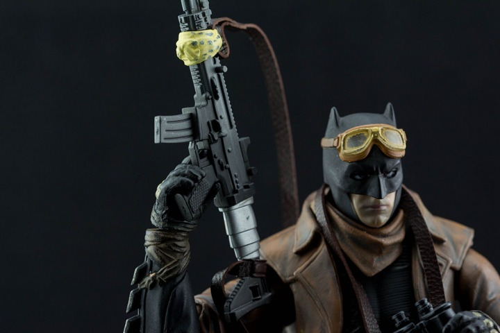 Mafex Knightmare Batman Review (500 Words orLess)