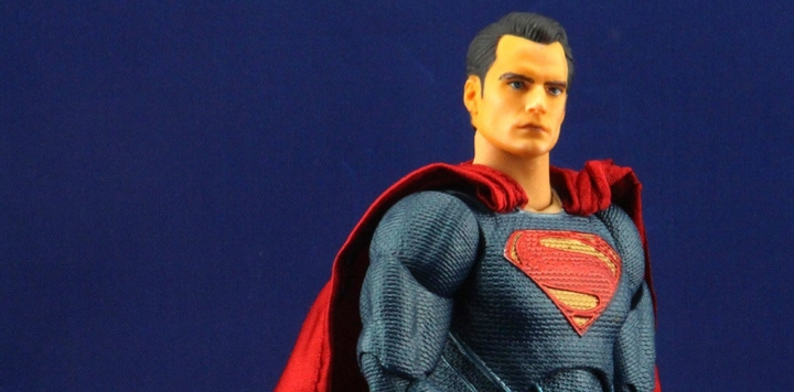In Retrospect – Mafex Dawn of Justice Superman