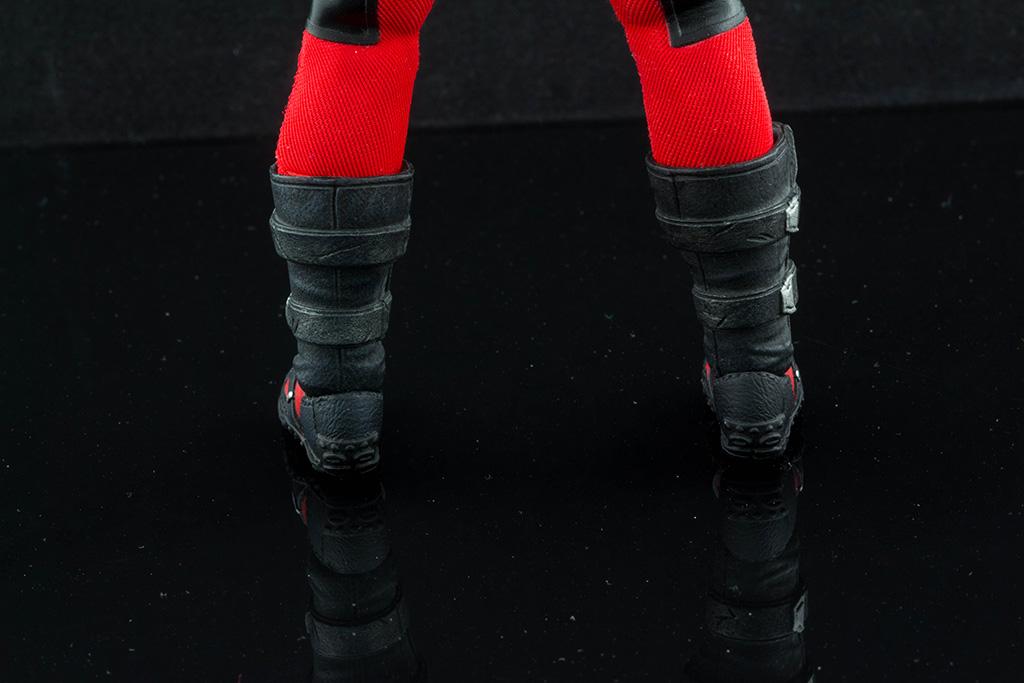 Mezco Deadpool