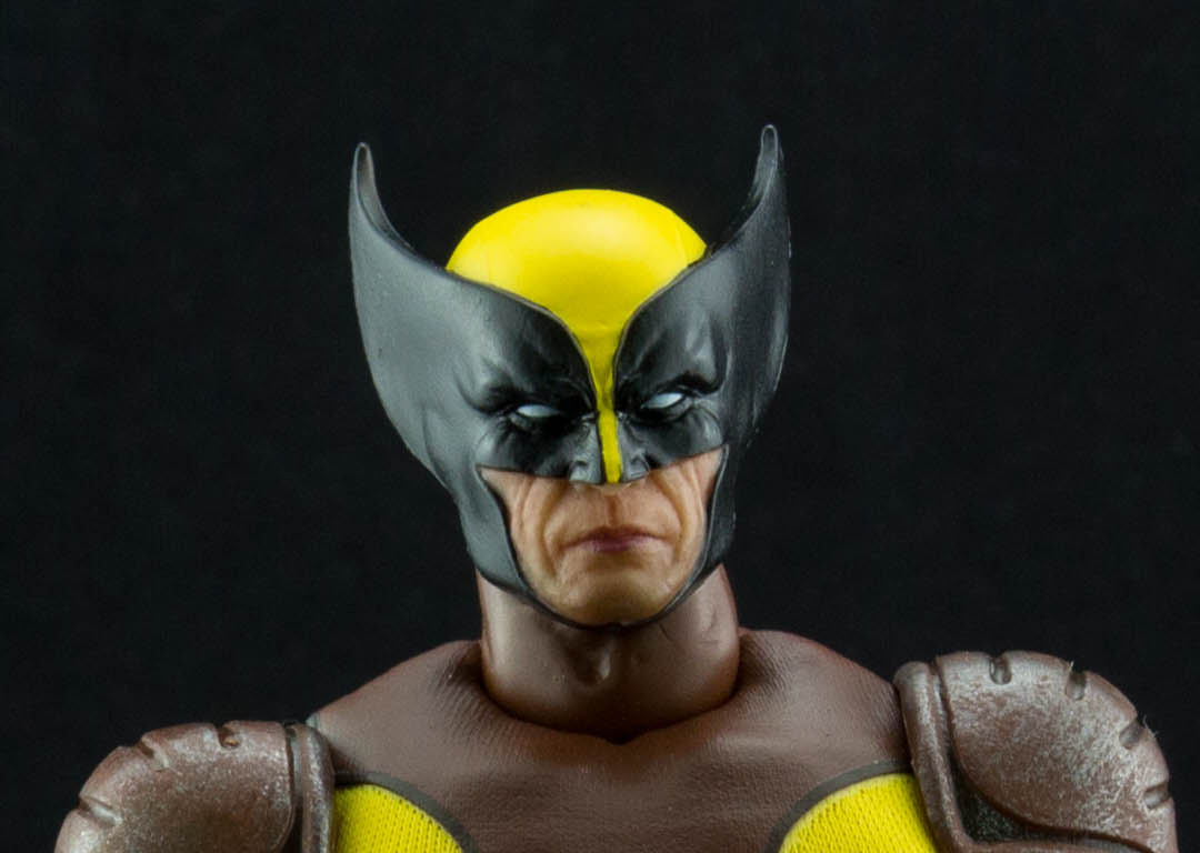 Mezco Wolverine close up