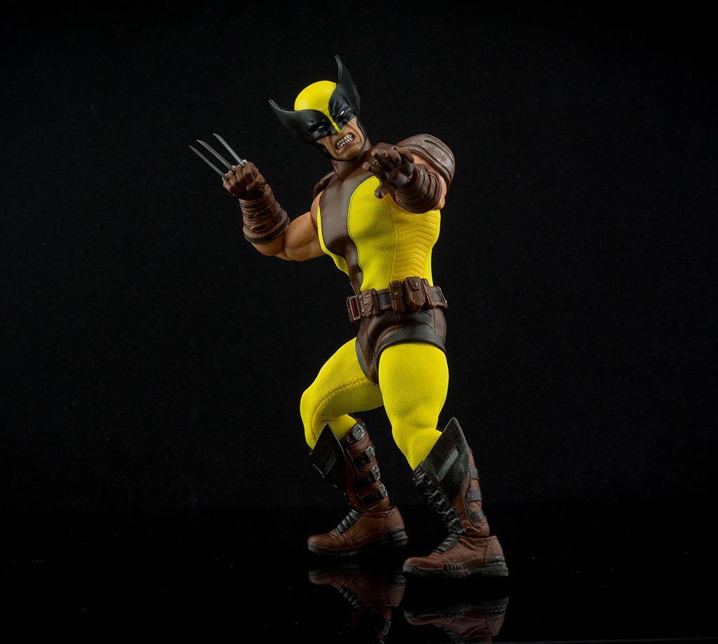 Mezco Wolverine