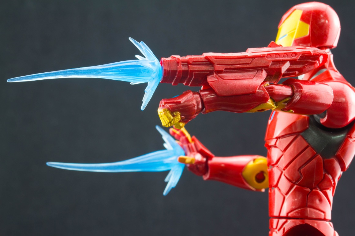 Marvel Legends Invincible Iron Man